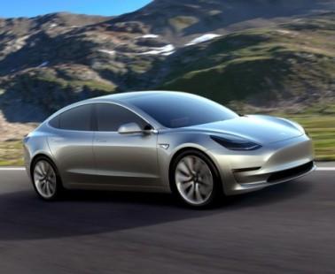 Tesla Model 3: il futuro delle Auto Elettriche è qui