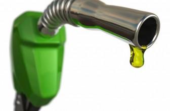 Come risparmiare benzina in auto cambiando abitudini